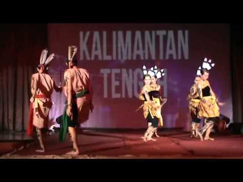 Kreasi Tari Mandau Kalimantan Tengah 2014