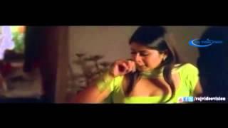 Desi Sangeetha aunty seducing young boy