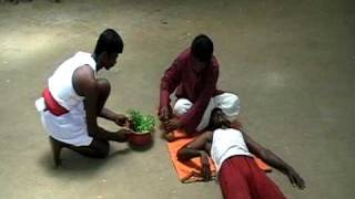 getlinkyoutube.com-Varmakkalai treatment