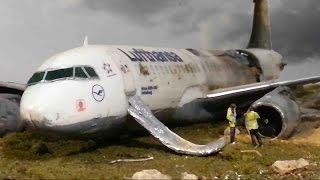 getlinkyoutube.com-Airplane Crash Diorama Part 1/2