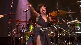 getlinkyoutube.com-FANTASIA PERFORMS NASTY GIRL AND FABULOUS LIFE COVER AT STEVE HARVEY'S NEIGHBORHOOD AWARDS