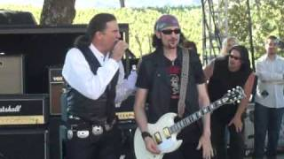 getlinkyoutube.com-Grand Funk Railroad at the Br Cohn Winery Charity Concert 2010 (Footstompin Music)