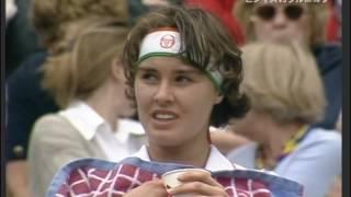 getlinkyoutube.com-Martina Hingis vs Anna Kournikova Wimbledon 1997