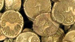 getlinkyoutube.com-Metal Detector Finds 840 Gold Coins Wickham Market Hoard Treasure