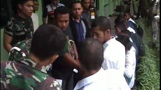 getlinkyoutube.com-SIPRIANUS ATOK KUPANG NUSA TENGGARA TIMUR GEREBEK TNI TAHAN POLISI GADUNGAN