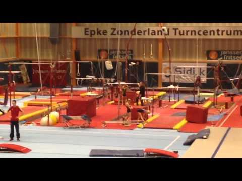 Maeve van der Veer Kip gymnastics