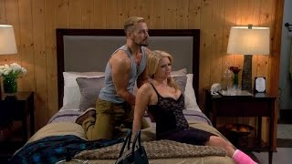 Melissa Joan Hart and Joey Lawrence Get 'Hot and Heavy' on 'Melissa & Joey'!