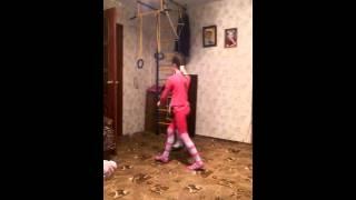 getlinkyoutube.com-Тип гимнастика (дааа мы не профи)снова в Притере