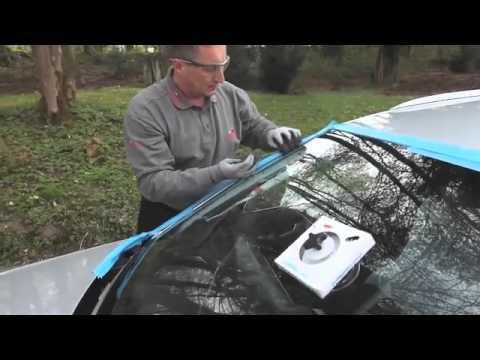 Процесс замены лобового стекла в Carglass®