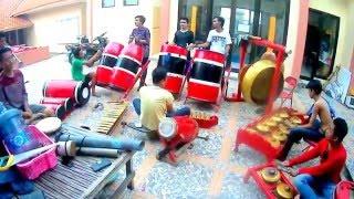 getlinkyoutube.com-Perkusi Etnik Madura UKM Seni Nanggala - Kembeng Malate Pote