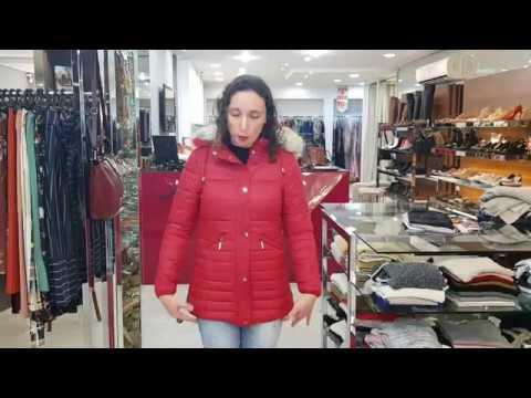 Jaqueta Estofada Alongada Feminina Capuz Com Pelo Removível Safira Cor Vermelho