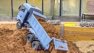 getlinkyoutube.com-RC truck and excavator action in slow motion! RC-Glashaus FUN!