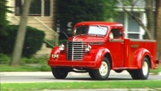 getlinkyoutube.com-1946 Diamond T Pick Up Truck - We go for a ride in a Model 201
