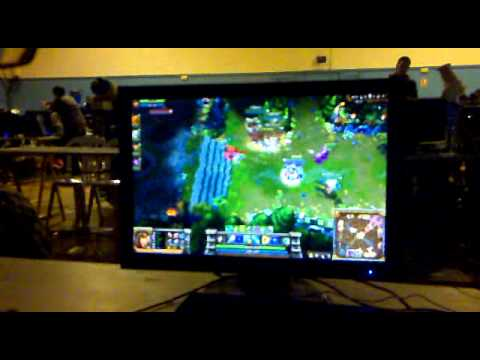 BaDJoJo VS Feeding spree (PartyValverde 2010) (League of legend Final parte 5)