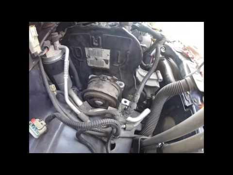 Как снять ГРМ Chrysler voyager 2,5 - 2,8 crd часть 1