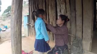 getlinkyoutube.com-Tara – Ein Tag im Leben eines Mädchens in Chitwan, Nepal