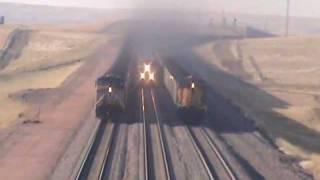 getlinkyoutube.com-Three UP Coal Trains South of Bill, WY