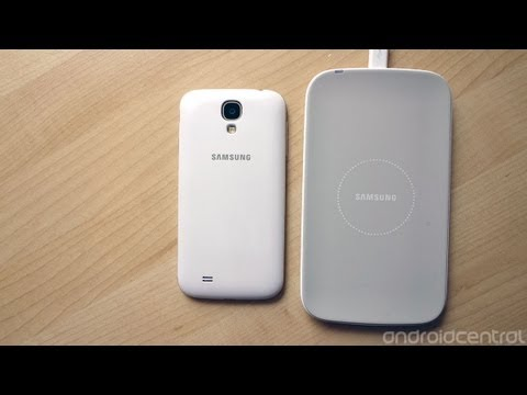 Samsung Galaxy S4 official wireless charging kit