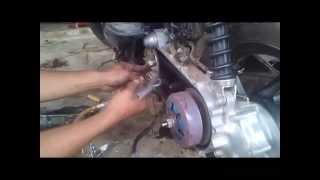 getlinkyoutube.com-Cara bongkar CVT motor Matic