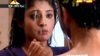 getlinkyoutube.com-Arjun and Arohi = Karan Kundra and Kritika Kamra ~ Dekha Na Tha