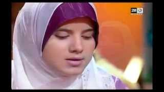 "getlinkyoutube.com-мусульманка красиво читает  Коран Girl beautifully reciting Quran /surah ""Israa"""