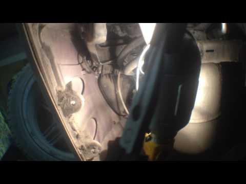 Замена габаритной лампочки мерседес w221