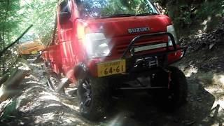 getlinkyoutube.com-軽トラ キャリー ジムニー 林道走行 Japanese Mini Truck offroad suzuki