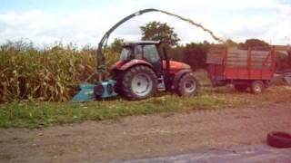 getlinkyoutube.com-** Amazing **  ; Ensilagem de palha de milho, sem espigas ....1.ª pt