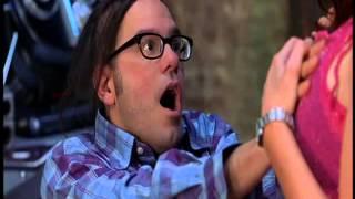 getlinkyoutube.com-Escena Graciosa de Scary Movie 2 -¡Lo puedo hacer yo mismo !