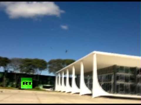 Video: Mirage 2000 fighter jet flyover destroys glass building in Brazil