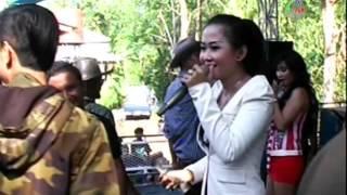 getlinkyoutube.com-Aku Tak Butuh Cinta - Evie Exel - Nada Ayu Dangdut Pantura