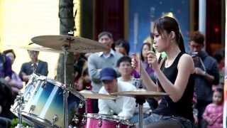 getlinkyoutube.com-pretty drummer girl