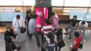 getlinkyoutube.com-Laughter Machine by Coca-Cola in UAE!