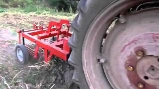 getlinkyoutube.com-Картофелекопалка для трактора Т 25