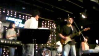 getlinkyoutube.com-Play the funky music.MP4