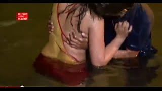 getlinkyoutube.com-New Hot Bhojpuri  Song |  very Hot & Sexy song 2015 | Chhoti Re Umariya   | Hot Sexy Song In water