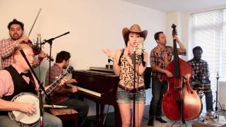 "getlinkyoutube.com-Blurred Lines - Vintage ""Bluegrass Barn Dance"" Robin Thicke Cover"