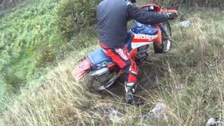 Falling Enduro ride honda xl 125 r HD
