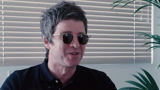 "getlinkyoutube.com-Noel Gallagher On Kanye At Glastonbury: ""For Half An Hour, It Was As Fucking Good As It Gets"""