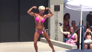 getlinkyoutube.com-Physique Short Christine Auer Routine at Muscle Beach