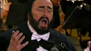 "getlinkyoutube.com-Pavarotti Last Performance ""Nessun Dorma"" @ Torino 2006"