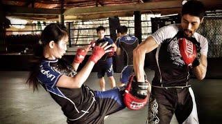 getlinkyoutube.com-Lớp võ của Johnny Trí Nguyễn - Thành Phố Hôm Nay [HTV9 -- 04.06.2014]
