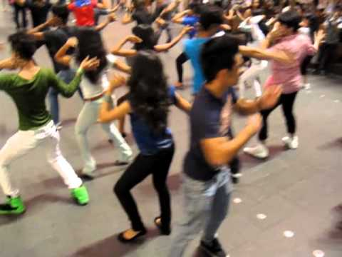 Siapa Siapa Dia (flash mob) - Part 2