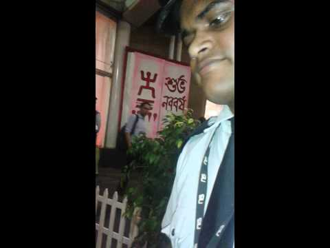 Hot news. Lungi dress is not allowed in South city shopping mall Kolkata. Live video.