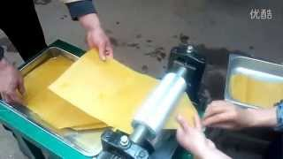 getlinkyoutube.com-Electrical beeswax foundation machine, bee wax foundation embossing roller