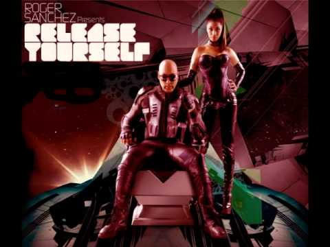 Roger Sanchez-Release Yourself in Ibiza sat-08-22-2010