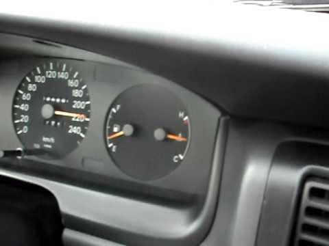 Toyota Carina E top speed on German autobahn '10
