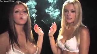 getlinkyoutube.com-Girls smoking kiss sexy Smoking Fetish