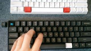 getlinkyoutube.com-Pok3r vs Poker II - Cherry MX Blue Switch Sound Comparison