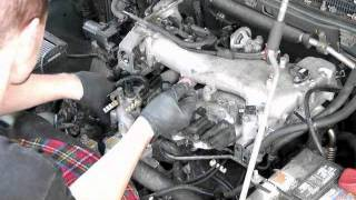 getlinkyoutube.com-02 Montero spark plug change 3-6